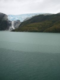 450px-Agua_de_gelo_Ice_Water_Agua_de_hielo