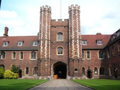 Cambridge_Queens'_Gatehouse