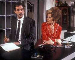 fawlty2_465x371