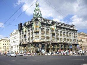 Leningrad bookshop as was